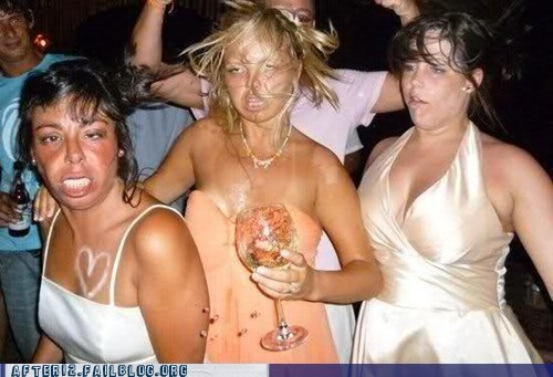 party-fails-woo-girls-get-messy-sometimes-that-drunk-face